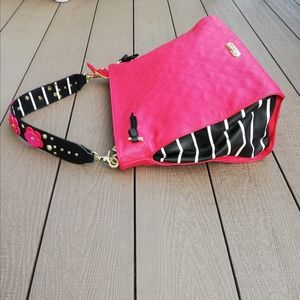 Betsey Johnson Big Sholder Bag